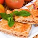 empanada-de-lacón-y-setas-300x190